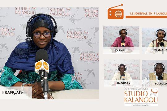 Les présentateurs des journaux sur le plateau de Studio Kalangou