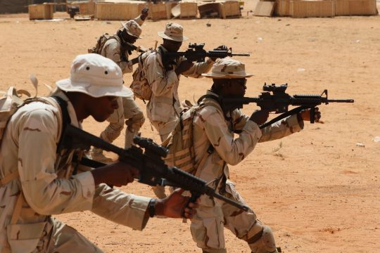 Des militaires nigériens en plein exercice lors du flintlock à Tahoua en 2018.
