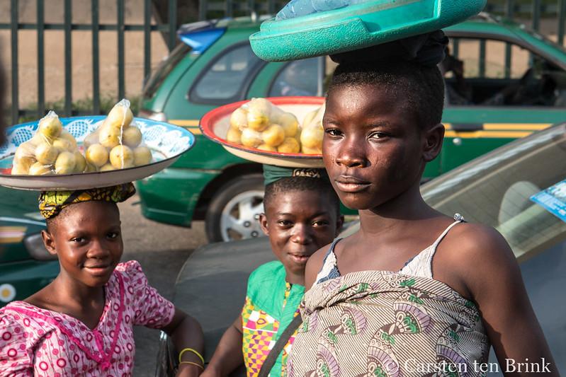 Quelles conséquences sur l'éducation des jeunes filles qui exercent le petit commerce à Birni N'Gaouré ?